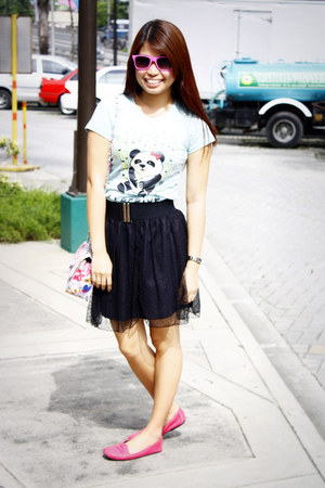 aquamarine the perfect white shirt t-shirt - black random brand skirt - hot pink