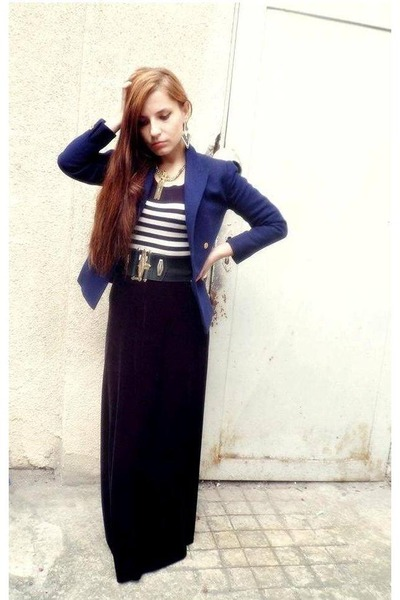 H&M skirt - navy thrifted blazer - meli melo earrings - Bershka blouse