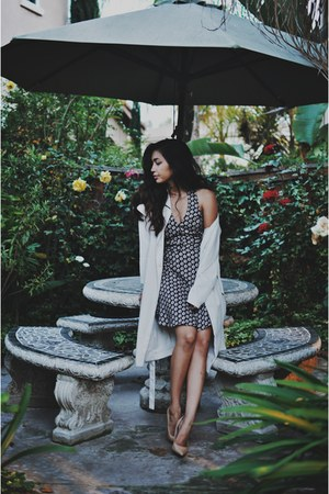 black Lush dress - off white trench coat H&M coat - nude nude pumps Guess heels