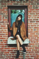 dark brown oversized cotton on coat - black heels lace-up Marc Fisher boots