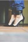 Black-strap-sandal-zara-heels