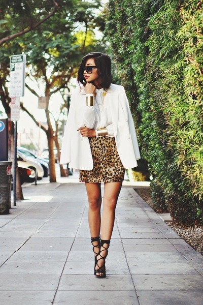 light brown leopard print Naven skirt - white chiffon Nooy by Yoon blazer