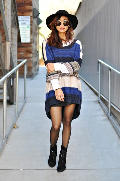 navy knit colorblock H&M sweater - black Marc Fisher boots