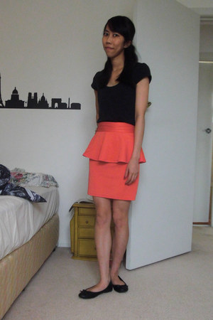 black Glassons top - salmon Valley Girl skirt - black rubi flats