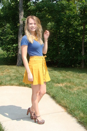 floral print Forever 21 heels - gold Forever 21 skirt