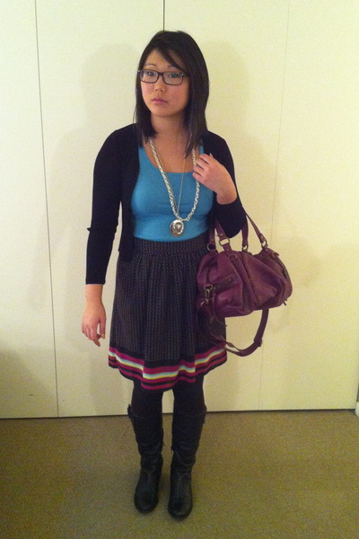 maroon thrifted skirt
