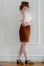 Brown-vintage-hat-white-vintage-blouse-brown-vintage-skirt