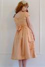 Pink-vintage-dress-beige-accessories-beige-vintage-shoes