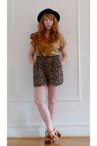 brown leopard vintage blouse - brown vintage shoes - brown rayon vintage shorts