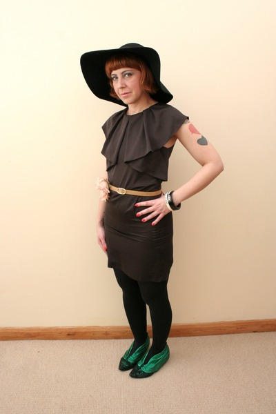 black floppy felt H&M hat - dark green metallic Irregular Choice shoes