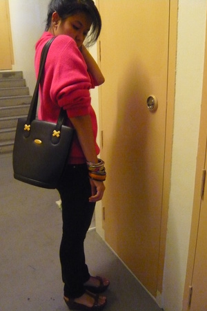 thrift sweater - thrift purse - Charles and Keith shoes