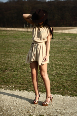 neutral vintage dress - light brown vintage from dad hat - camel Somewhere in Ba