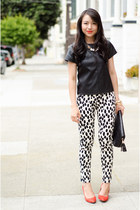 printed H&M pants - clutch baghaus bag - pointed Pour La Victoire wedges
