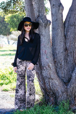 wool H&M hat - wrap Wayf Clothing blouse - palazzo Charlotte Russe pants