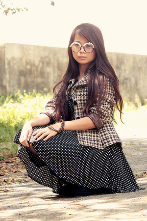 polka dot dress - blazer - suede wedges