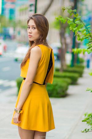 mustard fab dress