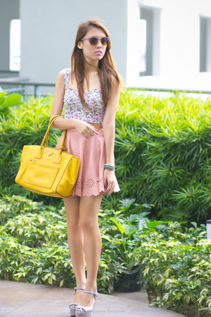 yellow Prada bag - floral Pull & Bear top - gray CMG wedges