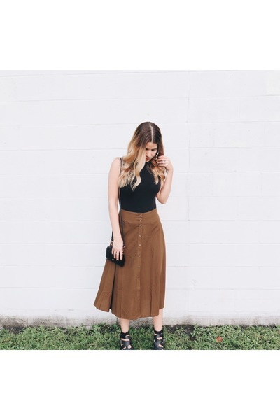 brown midi skirt Forever21 skirt - black booties leather Jeffrey Campbell boots