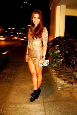 gold Peace Love Fashion dress