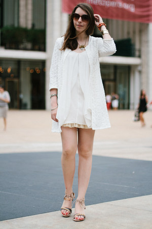 tan Caroline Cree sandals - white Zara coat - brown VIGOSS USA sunglasses
