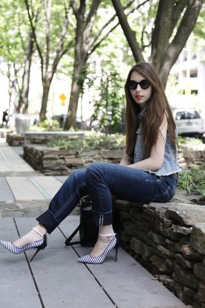 Silver Jeans Co jeans - rond asos sunglasses - denim Silver Jeans Co vest