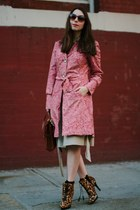 hot pink printed Steve Madden coat - camel giraffe printed Steve Madden boots