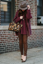 dark brown leopard brahmin bag - brown leather David Kahn jeans