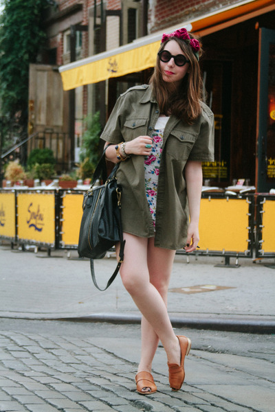 white floral LF stores romper - army green Kenneth Cole Reaction shirt
