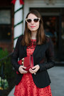 Red-lace-free-people-dress-black-anatomie-blazer-red-clutch-vince-camuto-bag