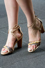 Neutral-pebble-beach-caroline-cree-sandals-hot-pink-charles-grey-london-blazer