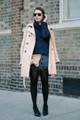 Tan-trench-gap-coat-navy-knit-juicy-couture-sweater