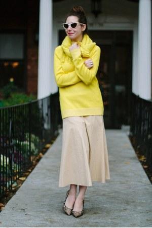 yellow Gap sweater - yellow H&M scarf - beige Nanette Lepore sunglasses
