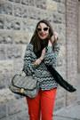 Black-scarf-black-brahmin-bag-eggshell-nanette-lepore-sunglasses