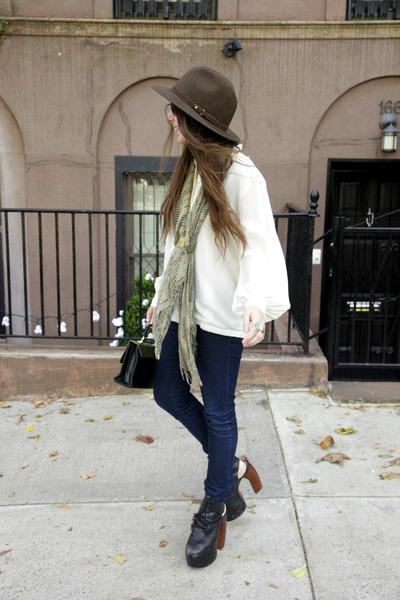 white liz claiborne shirt - olive green deena and ozzy scarf