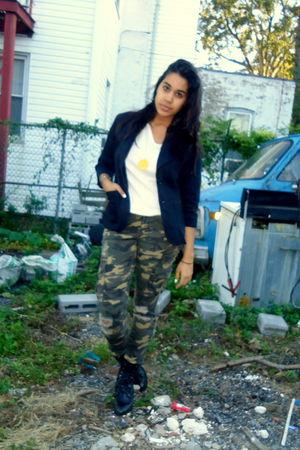 black Mandee blazer - green Forever 21 jeans - white Forever 21 shirt - black St