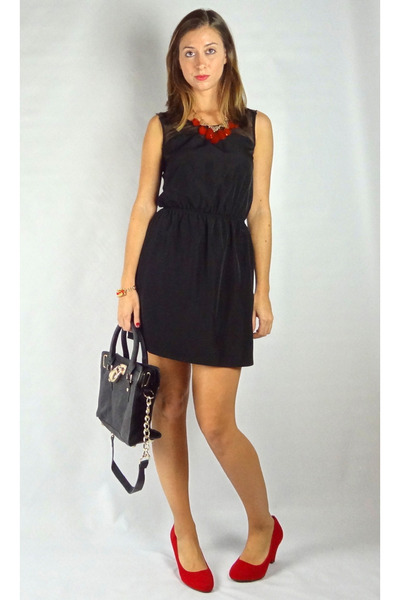 red HCB necklace - black HCB dress - black HCB bag - red HCB pumps