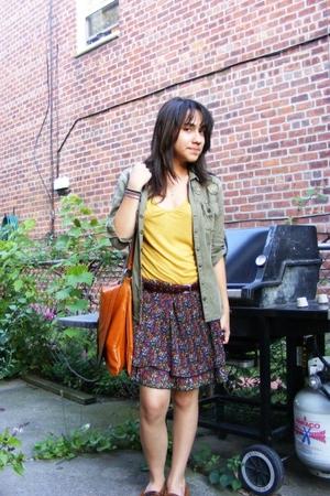 thrifted skirt - forever 21 purse