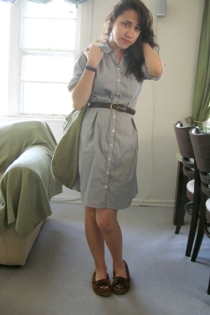 H&M purse - moccasins Minnetonka shoes - thrifted H&M dress