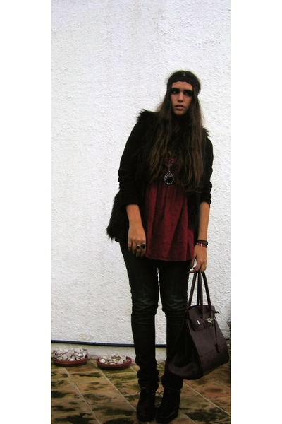 Zara vest - Zara shirt - BLANCO accessories - tomeu shoes - mexico and vintage a