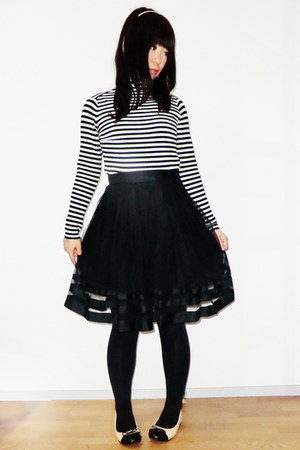 eggshell flats - white sweater - black skirt