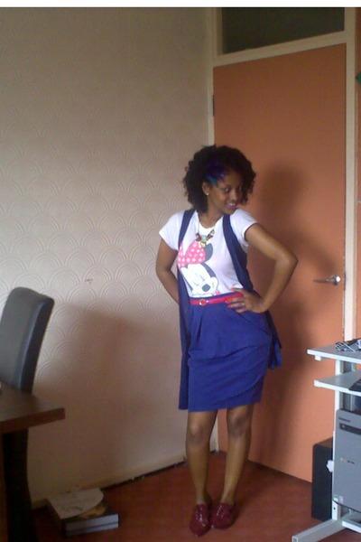 blue H&M skirt - white Topshop shirt - gold accesserise necklace - pink H&M belt