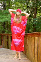 red vintage 70s caftan dress - red DIY turban accessories