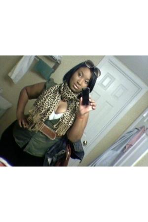 Old Navy blouse - American Apparel leggings - Target bra - Street Vendor scarf -