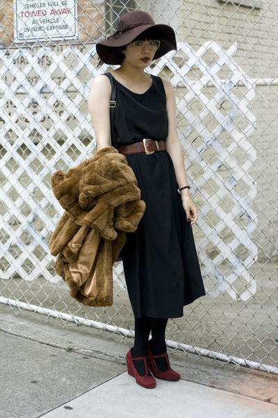 faux fur coat - suede wedges shoes - vintage silk dress - floppy hat