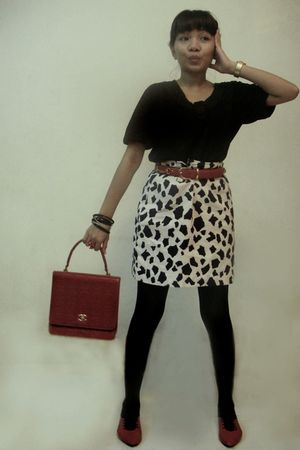 black top - white skirt - black tights - red belt - red Chanel accessories - red