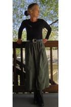 black t-shirt - army green skirt - black boots - blue DIY accessories