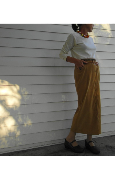 yellow t-shirt - gold skirt - orange belt - gold necklace - brown shoes