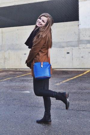 blue Valentina purse - black mjus boots - brown Flying Tomato coat