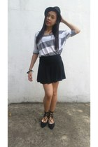 black skirt - heather gray top