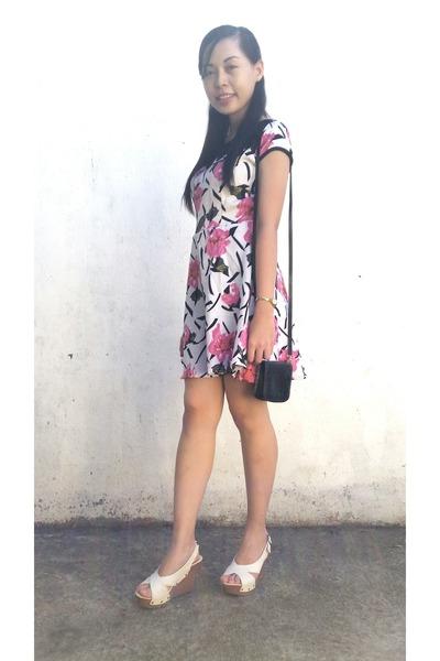 white 59th St dress - black Ralph Lauren bag